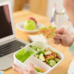 Living healthy in the office: Easy steps to maintain a healthy lifestyle at work