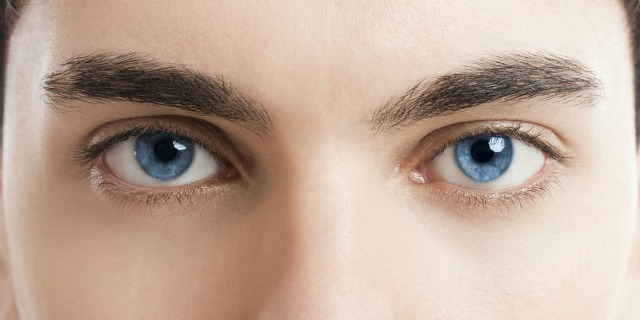 behind-blue-eyes-study-reveals-possible-link-eye color-alcoholism