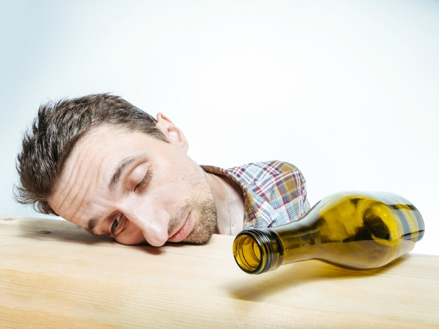 How does alcohol use impact our happiness?