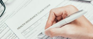 Article : Navigating insurance on the way to treatment